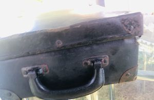 Antique salesman sample Steamer trunk 15 x 7 in length for Sale in South Bend, IN