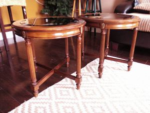 Gordon's Fine Furniture Oval End Tables. for Sale in Baltimore, MD