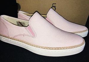 Uggs women shoes size 6 for Sale in Burke, VA