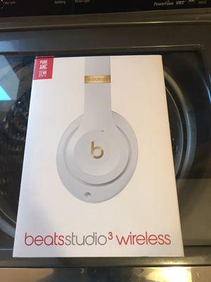 Beats studio 3 wireless for Sale in Stockton, CA