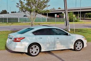 Good Condition Nissan Altima SV for Sale in Washington, DC