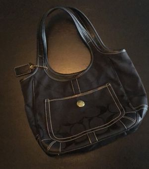 Coach purse for Sale in Northfield, OH