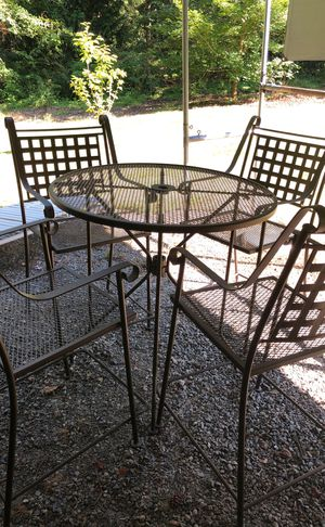 Wrought Iron Heavy Duty Patio Furniture for Sale in Bonney Lake, WA