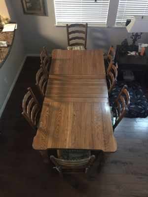 Solid wood kitchen table with eight chairs and two leafs for Sale in Lincoln, CA