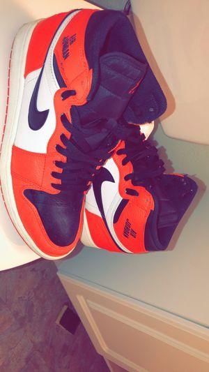 Air Jordan 1 retro high max orange/black for Sale in Des Peres, MO