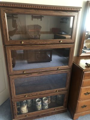 """61"""" x 33"""" display case for Sale in Southington, CT"""