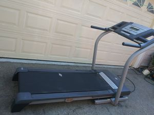 Nordictrack treadmill 12 mph 12 % incline for Sale in Los Angeles, CA