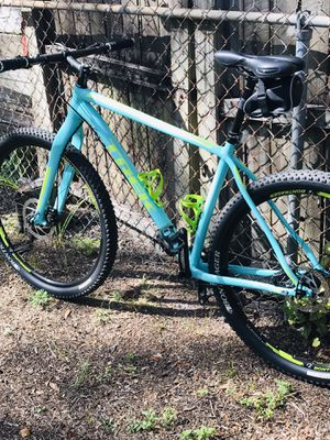 Trek Mountain Bike for Sale in Saint Petersburg, FL