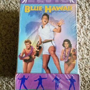ELVIS PRESLEY VHS TAPES SET for Sale in Everett, WA