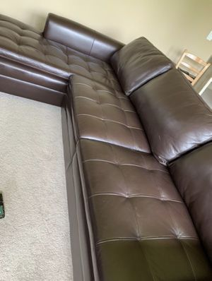 LIKE NEW brown leather couch with chaise for Sale in Sammamish, WA