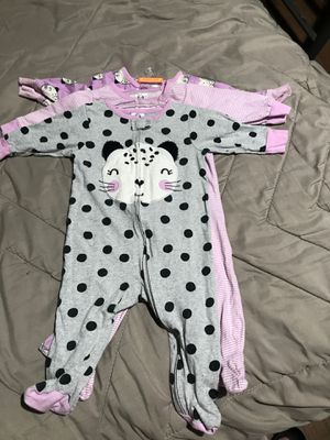 SET of 3 Baby pjs size 3-6 months for Sale in Cypress, CA