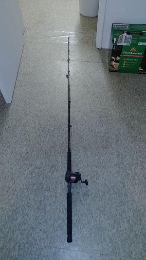 Shimano bait caster shark pole for Sale in Greenacres, FL