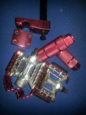 Neck pedals pegs for Sale in Chicago, IL