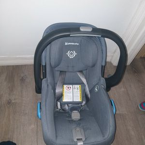Uppa Baby Car Seat, No Base,you Can Install With Your Car Seat Belt for Sale in Miami, FL