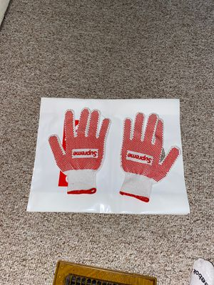 Supreme Gloves for Sale in Chicago, IL