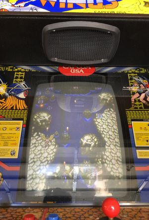 WORKING ARCADE GAME 2 players. Mint condition. for Sale in Los Angeles, CA