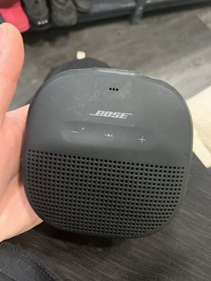Bose portable speaker (no charger) for Sale in Melrose, MA