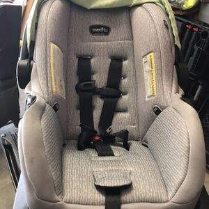 Newborn Car Chair 25$ for Sale in Indianapolis, IN