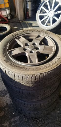 """17"""" Jeep wheels and Tires for Sale in Federal Way,  WA"""