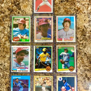 Vintage Baseball Cards. Superstars & Hall Of Famers Card Collection (Includes Barry Bonds & Bo Jackson Rookie Cards) for Sale in Hialeah, FL