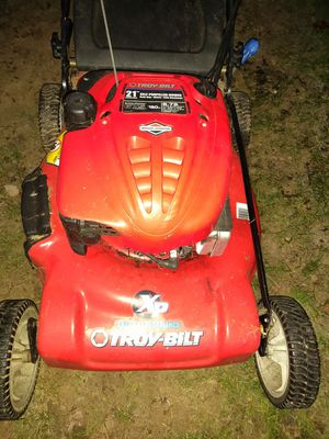 Troy-Bilt XP professional-grade self-propelled variable speed key start lawn mower for Sale in Tacoma, WA