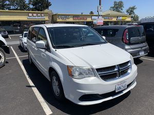 2013 white Dodge Grand Caravan stow & go for Sale in San Diego, CA