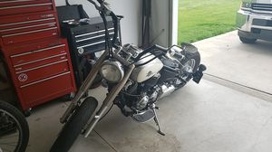 Vstar bobber 650 for Sale in Amherst, OH