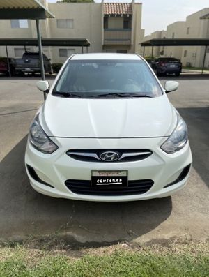 2013 Hyundai Accent for Sale in Bakersfield, CA
