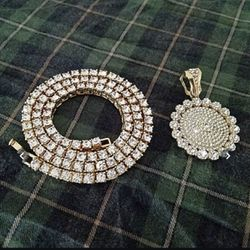 Diamond And Gold Plated Chain with medallion for Sale in Baltimore,  MD