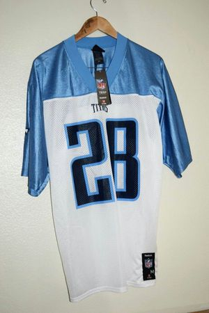 NWT Reebok NFL Tennessee Titans #28 Chris Johnson Jersey Size Medium for Sale in Oceanside, CA
