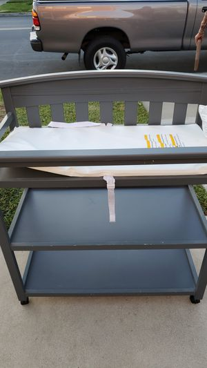 Delta changing table FREE for Sale in Huntington Beach, CA