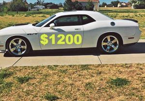 🙏$1,2OO Fully loaded 2009 Dodge Challenger🙏 for Sale in Santa Ana, CA