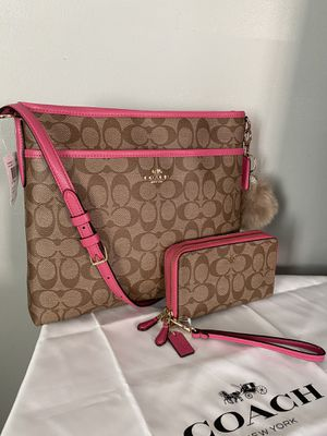 Coach messenger bag with matching wallet for Sale in Garden Grove, CA