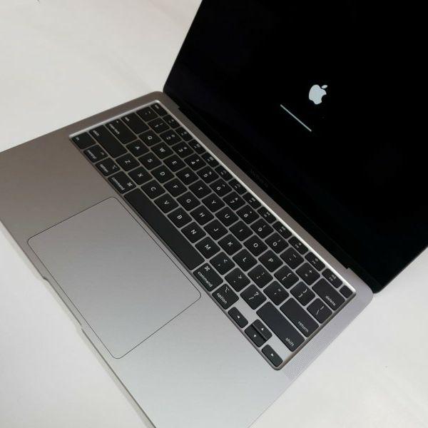 Apple MacBook Air 2020 13in