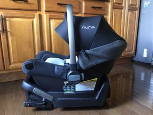 Nuna infant car seat for Sale in Leicester, NC