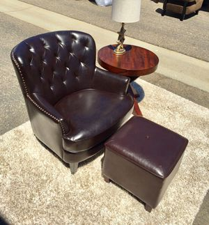 Beaded tufted Large leather armchair club chair retail $300 for Sale in San Diego, CA