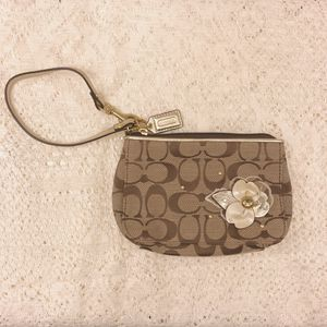 Coach Wristlet with Floral Appliqué for Sale in Pittsburgh, PA