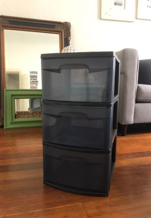 Plastic, three drawer, storage tower. for Sale in San Francisco, CA