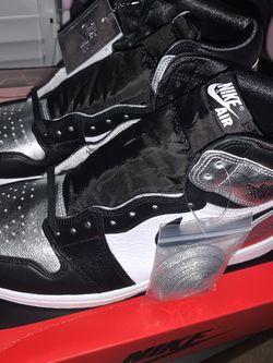 jordan 1 retro high silver toe for Sale in Atlanta,  GA