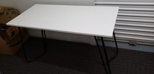 White Office Work Desk with Metal Legs for Sale in San Diego, CA