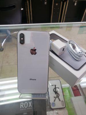 Unlocked iPhone X - 256 Gb - Desbloquiado for Sale in Hialeah, FL
