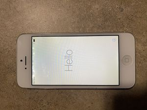 iPhone 5 unlocked for Sale in Elysian, MN