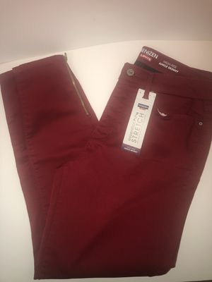 Women's red Levi skinny jean size 12 brand new for Sale in Edgewater, MD