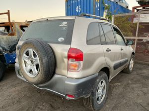 Toyota rav4 2001 2005 parts out engine transmission doors for Sale in Miami Gardens, FL