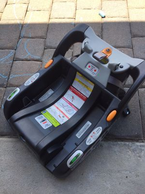 Great Condition Chicco Keyfit30 Car Seat Base for Sale in Oviedo, FL