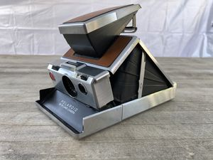 Polaroid SX-70 instant camera with leather case for Sale in Paramount, CA