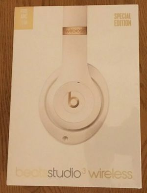 Brand New Beats Studio 3 Wireless Headphones Porcelain Rose for Sale in Hayward, CA