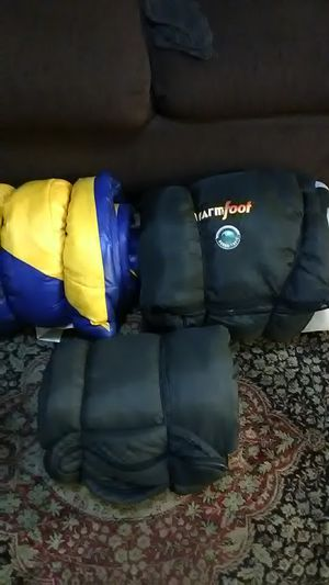 3 sleeping bags for Sale in Fresno, CA