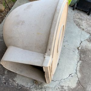 Free Dog House for Sale in San Jose, CA