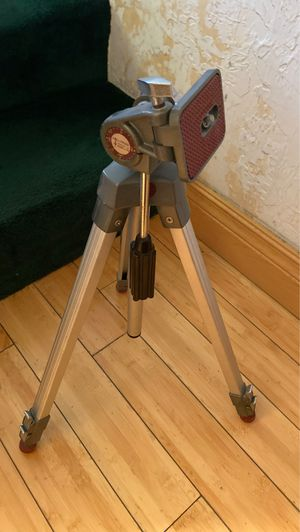 Hollywood Tripod for Sale in Oakland Park, FL